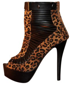 City Snappers Leopard Print Boots