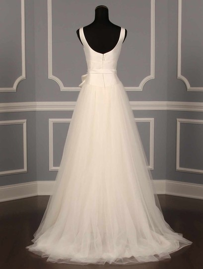 Amsale Very Light Ivory Silk Magnolia and Tulle Bryant Formal Wedding Dress Size 10 (M)