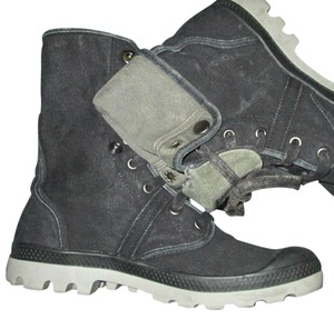 Palladium Distressed High Top Black/Vapor Boots