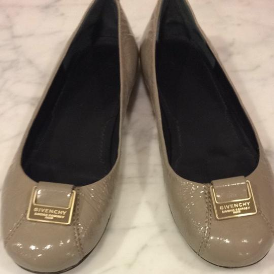 Preload https://item4.tradesy.com/images/givenchy-taupe-patent-flats-size-us-65-167198-0-0.jpg?width=440&height=440