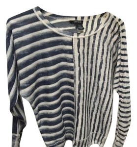 DKNY Top White blue stripes