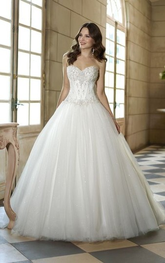 Preload https://img-static.tradesy.com/item/1672040/essense-of-australia-ivory-sparkle-tulle-5718-traditional-wedding-dress-size-8-m-0-0-540-540.jpg