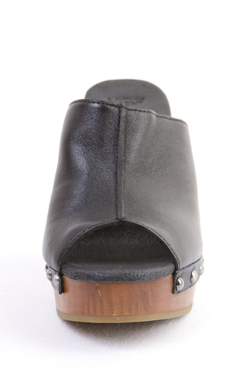 UGG Australia Leather Wooded Studded Skyler Black Mules
