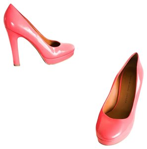 Marc by Marc Jacobs Pink Pumps