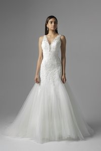 Mia Solano M1604z Wedding Dress