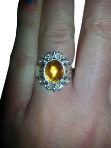 Stunning antique style Gold topaz Crystal Figurine ring size 8