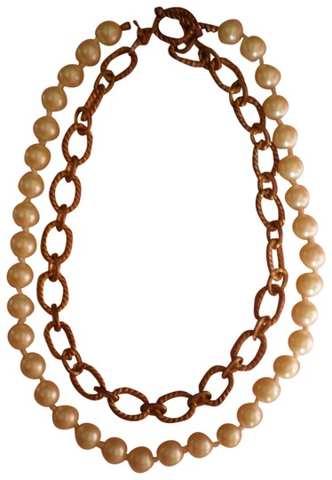 Preload https://item3.tradesy.com/images/pearls-and-antique-goldtone-chain-necklace-167277-0-1.jpg?width=440&height=440