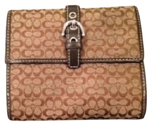 Coach Fold out wallet