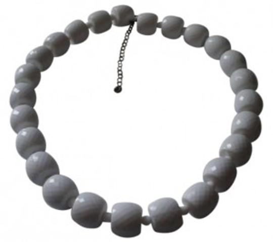 Preload https://item3.tradesy.com/images/white-beads-necklace-167297-0-0.jpg?width=440&height=440