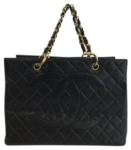Chanel Caviar Leather Quilted Tote in Black