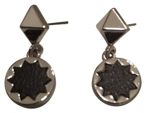 House of Harlow 1960 Pyramid Sunburst Drop Earrings