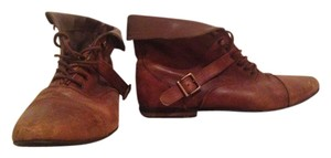 Deena & Ozzy Indie Urban Outfitters Vintage Anthropology dark brown leather Boots