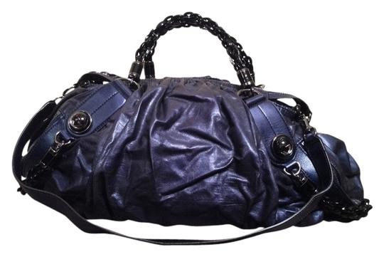 Preload https://item1.tradesy.com/images/gucci-galaxy-navy-blue-leather-satchel-1673245-0-0.jpg?width=440&height=440
