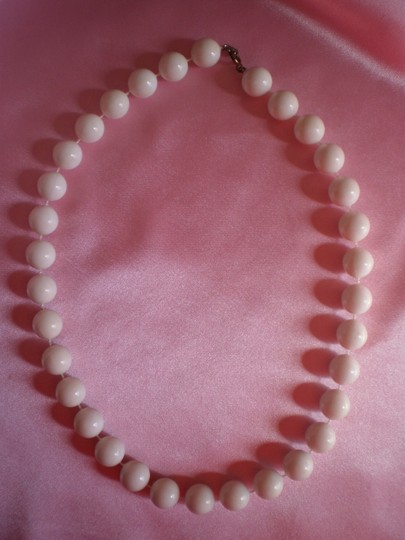 Other White beads necklace