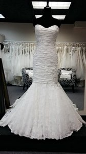 10439 Wedding Dress