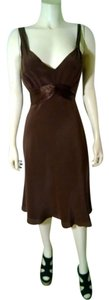 BCBGMAXAZRIA Size 8 Sleeveless Silk Mid Calf 100% Silk P1104 Dress