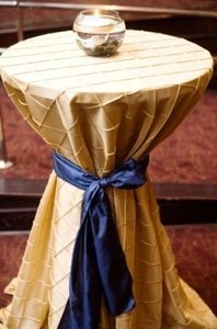 Champagne (Light Gold / Warm Beige) Pintuck 120 Tablecloth