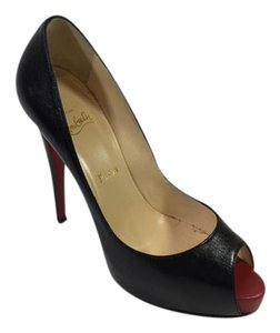 Christian Louboutin Prive Black Pumps