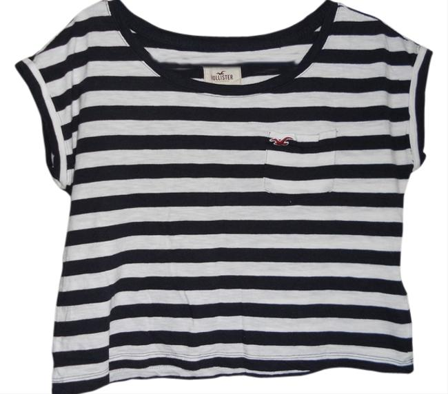 Preload https://item4.tradesy.com/images/hollister-black-and-white-t-shirt-1673853-0-0.jpg?width=400&height=650