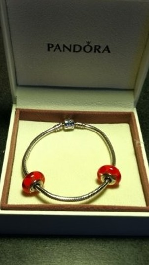 Preload https://item1.tradesy.com/images/pandora-silver-w2-red-murano-glass-beads-bracelet-167405-0-0.jpg?width=440&height=440