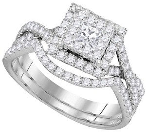 10k White Gold 0.89 Cttw Diamond Luxury Pave Engagement Ring Bridal Set