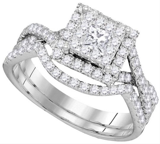 White Gold | Diamond 10k 0.89 Cttw Luxury Pave Set Engagement Rings