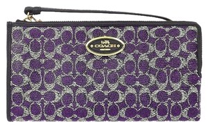 Coach COACH F52462 WALLET IN SIGNATURE VIOLET NEW WITH TAG