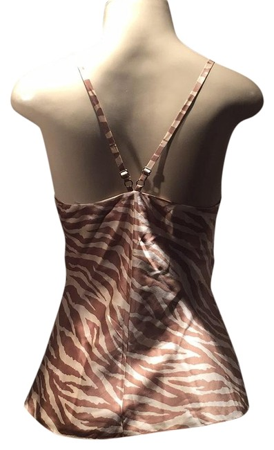 Preload https://img-static.tradesy.com/item/16748026/beige-and-taupe-zebra-crisscrossed-tank-topcami-size-2-xs-0-1-650-650.jpg