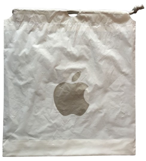 Apple Store Drawstring Gift Wristlet in white and silver
