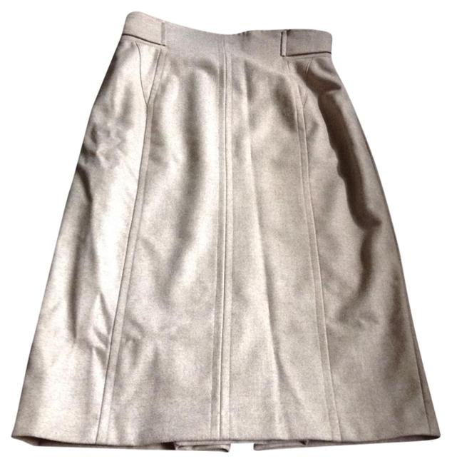 Preload https://img-static.tradesy.com/item/16749574/max-mara-knee-length-skirt-size-10-m-31-0-1-650-650.jpg