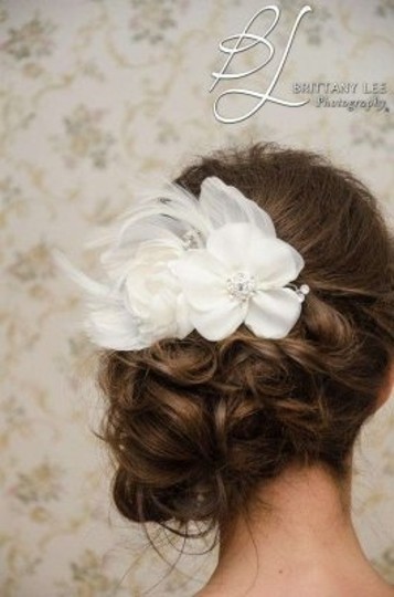 Ivory Flower Piece Hair Accessory