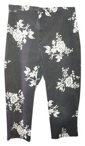 Wildlife Sportswear Pants Capris Black and white
