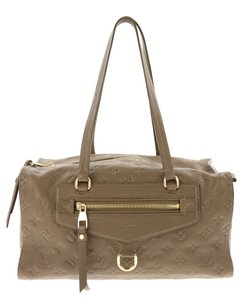 c6a38cd6c907 Louis Vuitton Styles Sophisticaed All Season Everyday Use Satchel in Brown