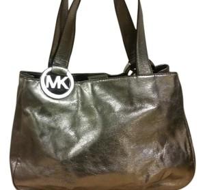 Michael Kors Fulton Leather Large Tote in Nickle