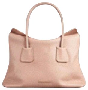 Burberry Leather Baynard Nude Tote in Light Nude
