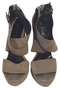 Manfield Black Beige suede Platforms