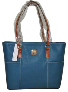 Dooney & Bourke Leather Lined Color R851cd Brand New Tote in Celadon