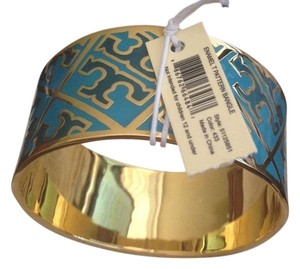 Tory Burch TORY BURCH NWT BLUE AND GOLD ENAMEL T PATTERN BANGLE BRACELET