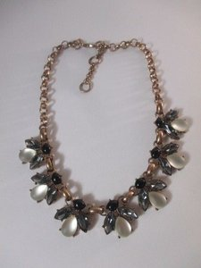 Banana Republic Banana Republic Teardrop Brass Cluster Fan Necklace