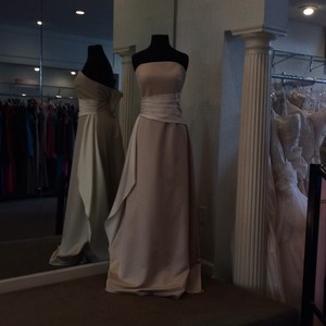 Expressions Champagne Satin Formal Bridesmaid/Mob Dress Size 10 (M)