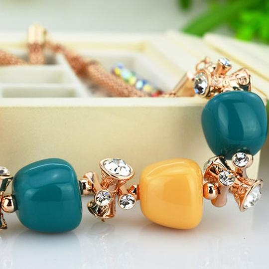 Other New Style Trendy Rhinestone Zinc Alloy Crystal Candy Colors Necklace For Women