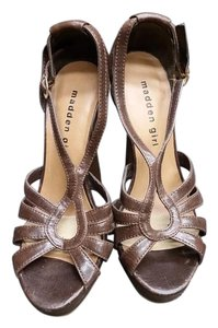 Madden Girl Platform Heels brown Pumps