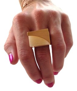 Vince Camuto Gold-Tone Horn Resin Block Ring