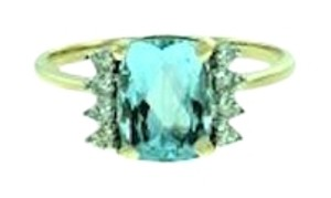 MUST SEE - Pretty - 14k Aquamarine & diamond ring