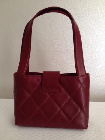 Chanel Satchel in red Maroon Image 1