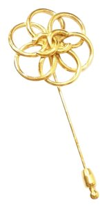 Chanel Authentic Vintage Chanel Gold Plated Flower CC Pin