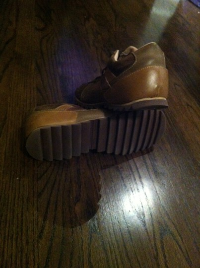 Steve Madden Women Brown Athletic