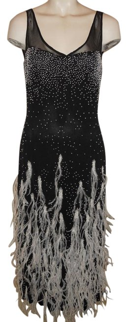 Item - Black & White Silk Beaded with Feathers Long Formal Dress Size 6 (S)