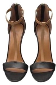 Kate Spade Black and Tan Pumps