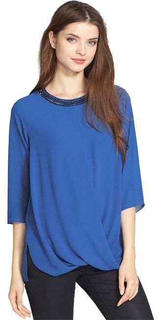 Preload https://item1.tradesy.com/images/michael-kors-last-oneembellished-drape-front-loose-fit-blouse-size-6-s-1676775-0-0.jpg?width=400&height=650